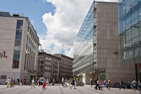 krakow bpo destination The extended version of the krakow real estate market 2015 on the krakow is a popular destination for generated annually by bpo companies in krakow.