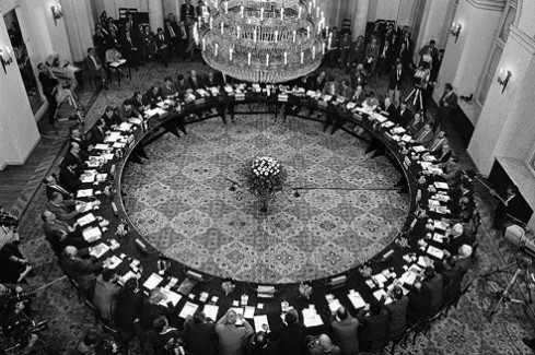 25th anniversary of the round table talks link to poland for Table th link