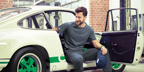 Porsche has introduced its online store in PolandLink to Poland on