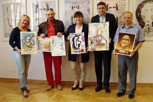 Jury z nagrodzonymi pracami