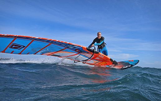ustka na fali-windsurfing